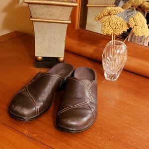 Clark's brown shoes, size 6.5M